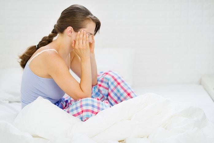 寝起きがシャキッとしない女性